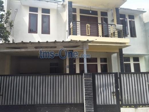 Jual ASAP Rumah SHM LB=216-me LT=350-m2 di Jl. Pangrango, Sukahati, Cibinong, Bogor