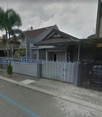 Rumah komplek Singgasana Pradana, Bandung